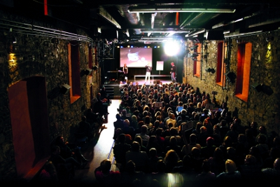 Science Slam in der Lagerhalle