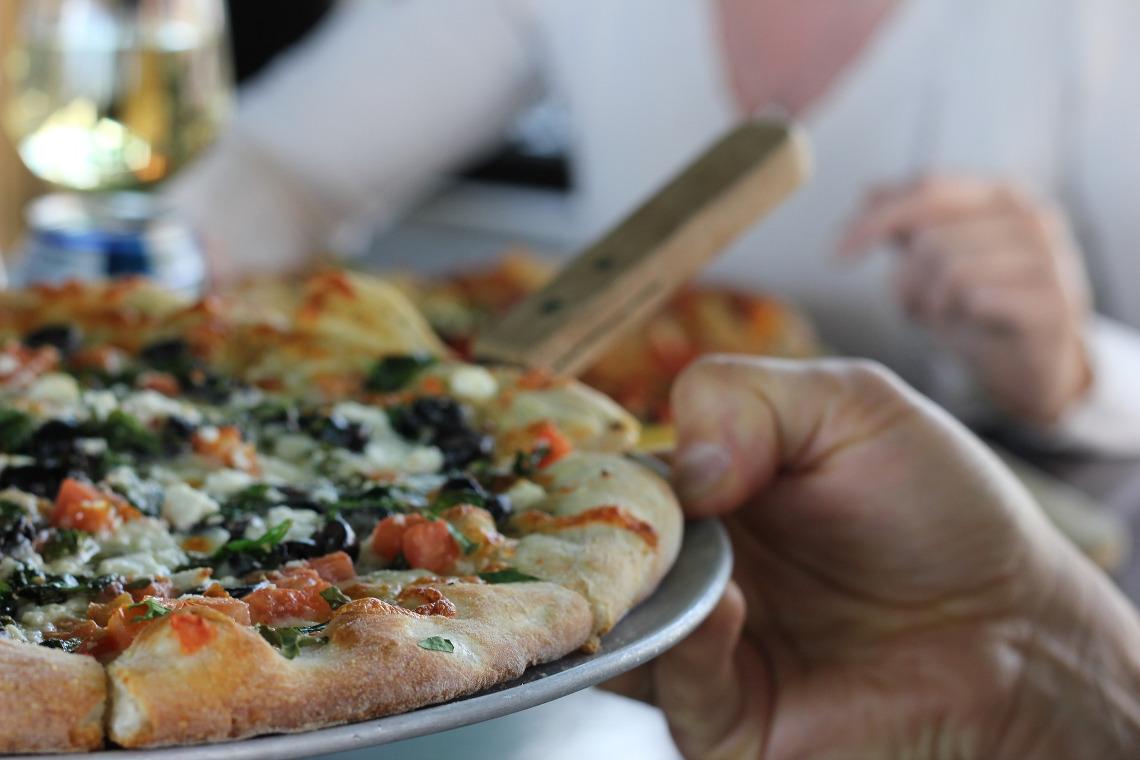 Familien Pizza-Buffet